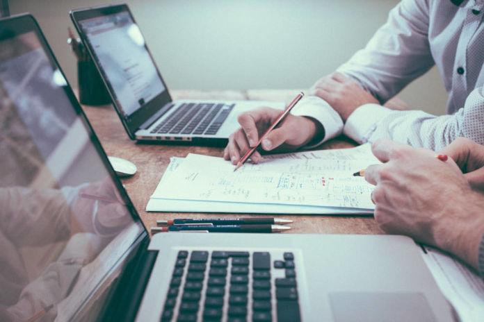 Jak napisać biznes plan? Jak zrealizować swój pomysł na biznes?