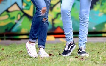 Jakie jeansy będą modne w sezonie wiosna/lato 2019?