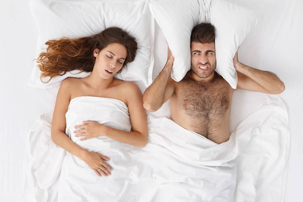 Ciężko zasnąć jak ktoś chrapie